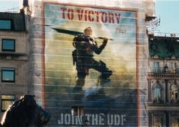 edge-of-tomorrow-emily-blunt-victory